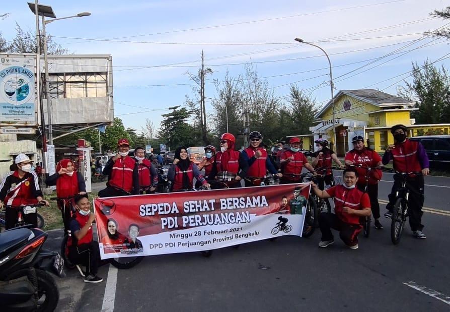 48 Tahun Moncong Putih, DPD PDI-P Bengkulu Gelar Sepeda Sehat