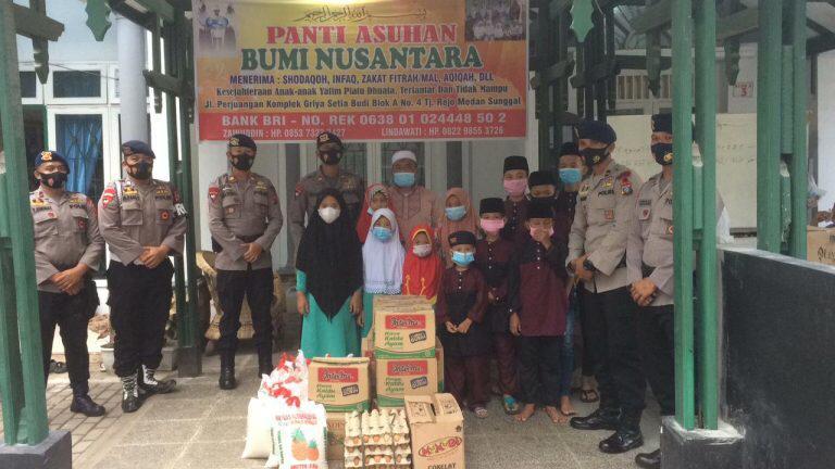 Tebar Kebaikan di Bulan Ramadhan, Kompi 4 Batalyon C Pelopor Sumut Bagikan Sembako
