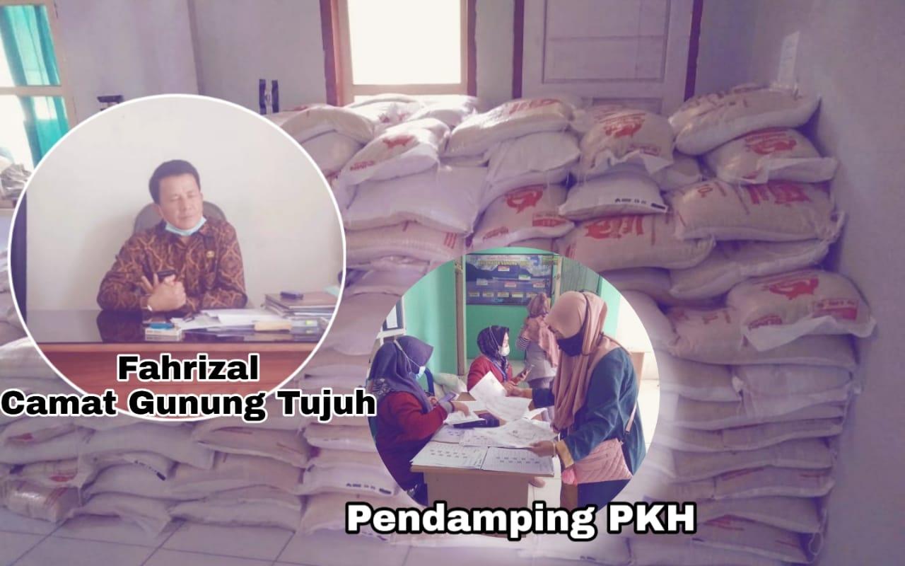 Camat Gunung Tujuh Kerinci, Fahrizal Salurkan PKH 563 KK & 10 Kg Beras