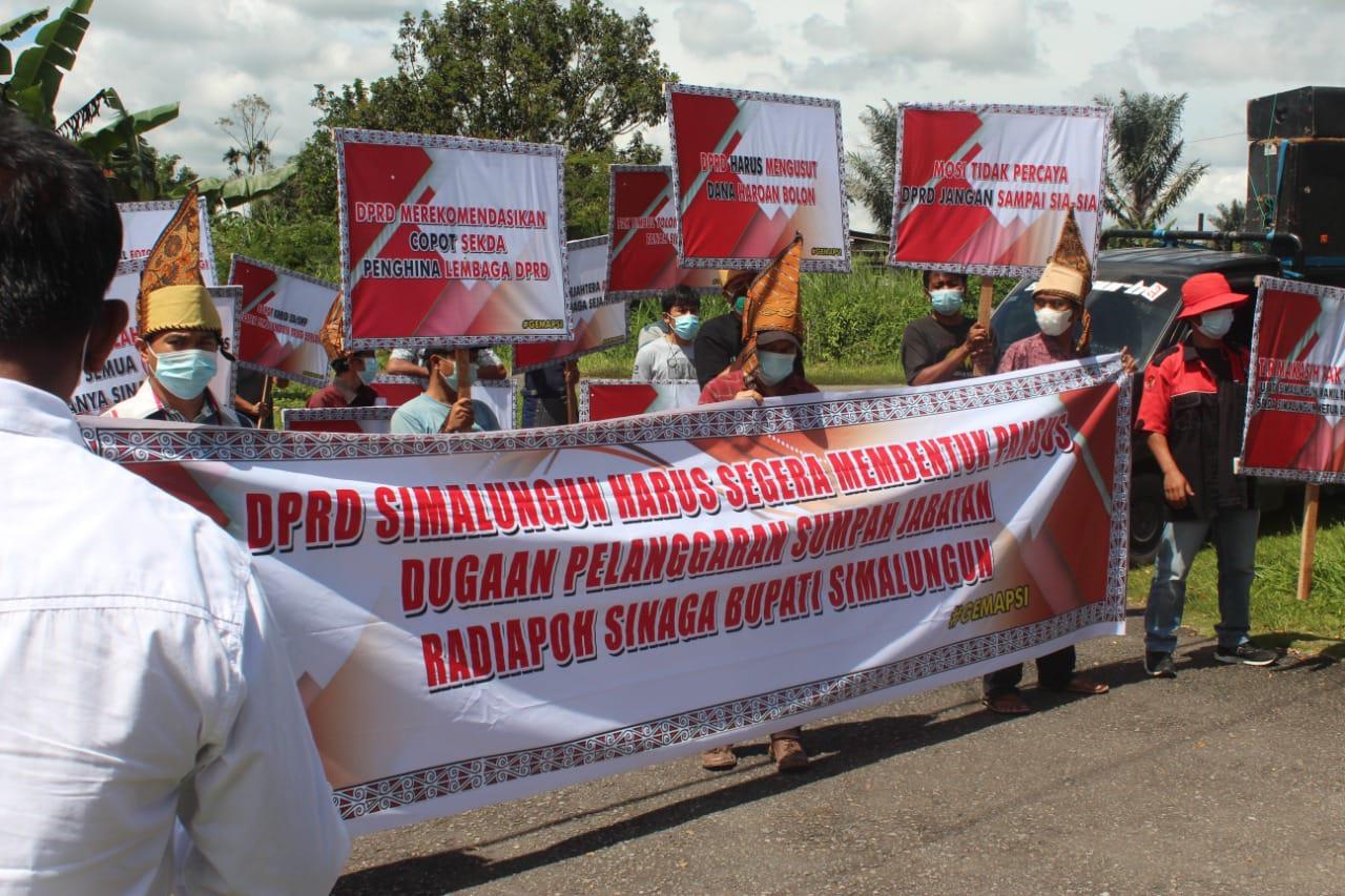 GEMAPSI Minta Dewan Bentuk Pansus, Dugaan Korupsi PDAM Tirta Lihou & Penjualan Foto Bupati